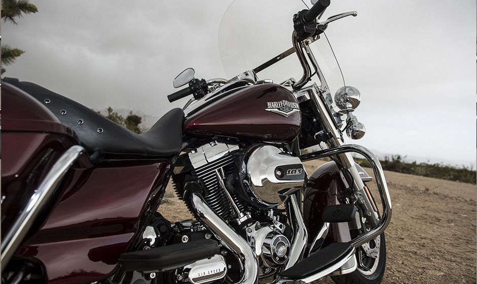 2014 Harley-Davidson® Touring Road King®Motorcycles Photos & Videos