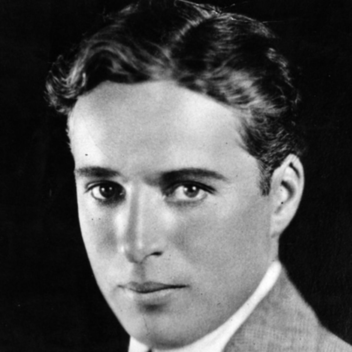Charlie Chaplin Biography Comedian