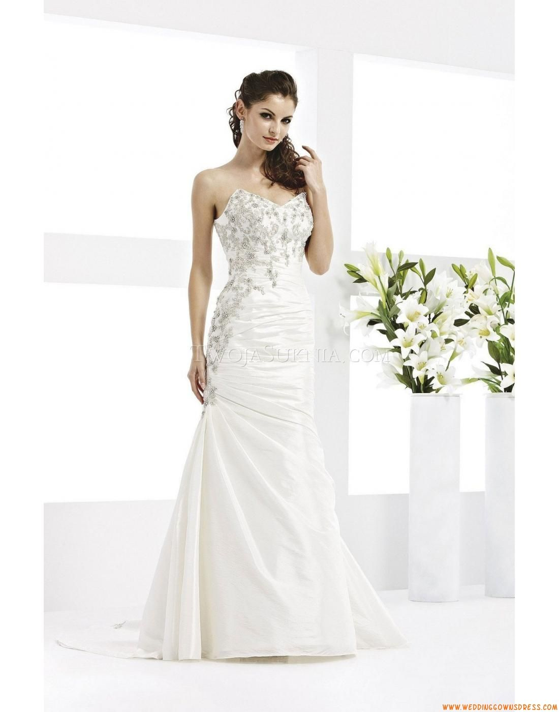 Buy Wedding Dress Veromia VR 61060 At Cheap Price