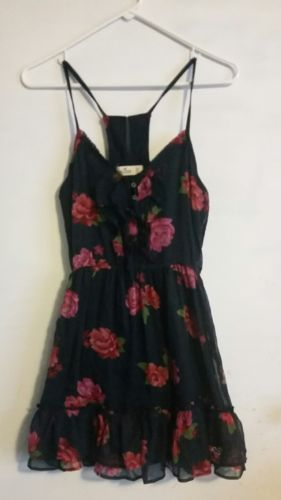 Hollister By Abercrombie & Fitch Navy Blue Floral Sundress Size Xs Fits S https://t.co/UNu5Q35pld https://t.co/R0E9xgEbHN