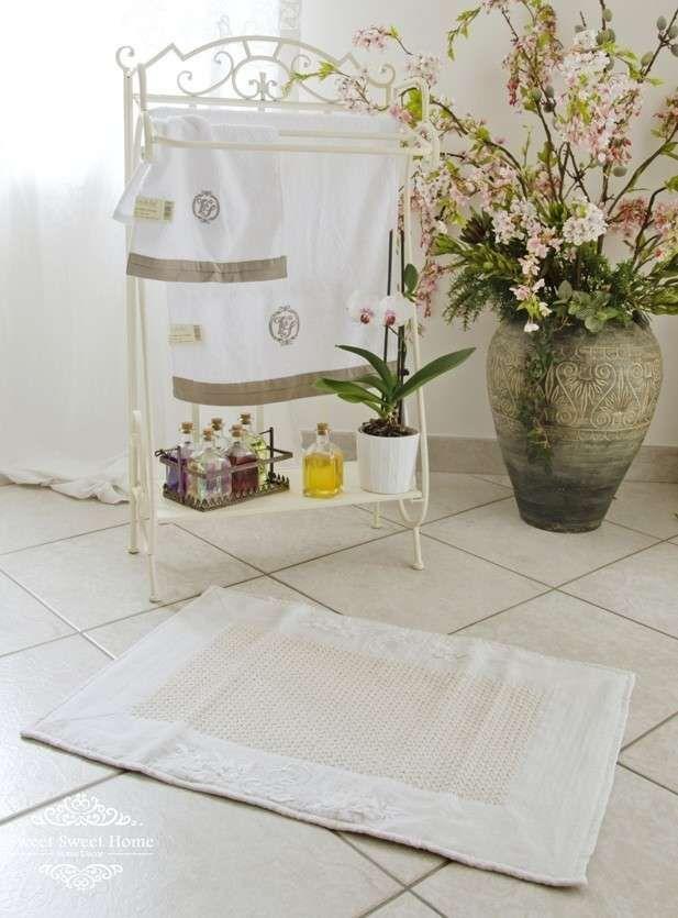 Arredare il bagno in stile shabby chic Decorare scale