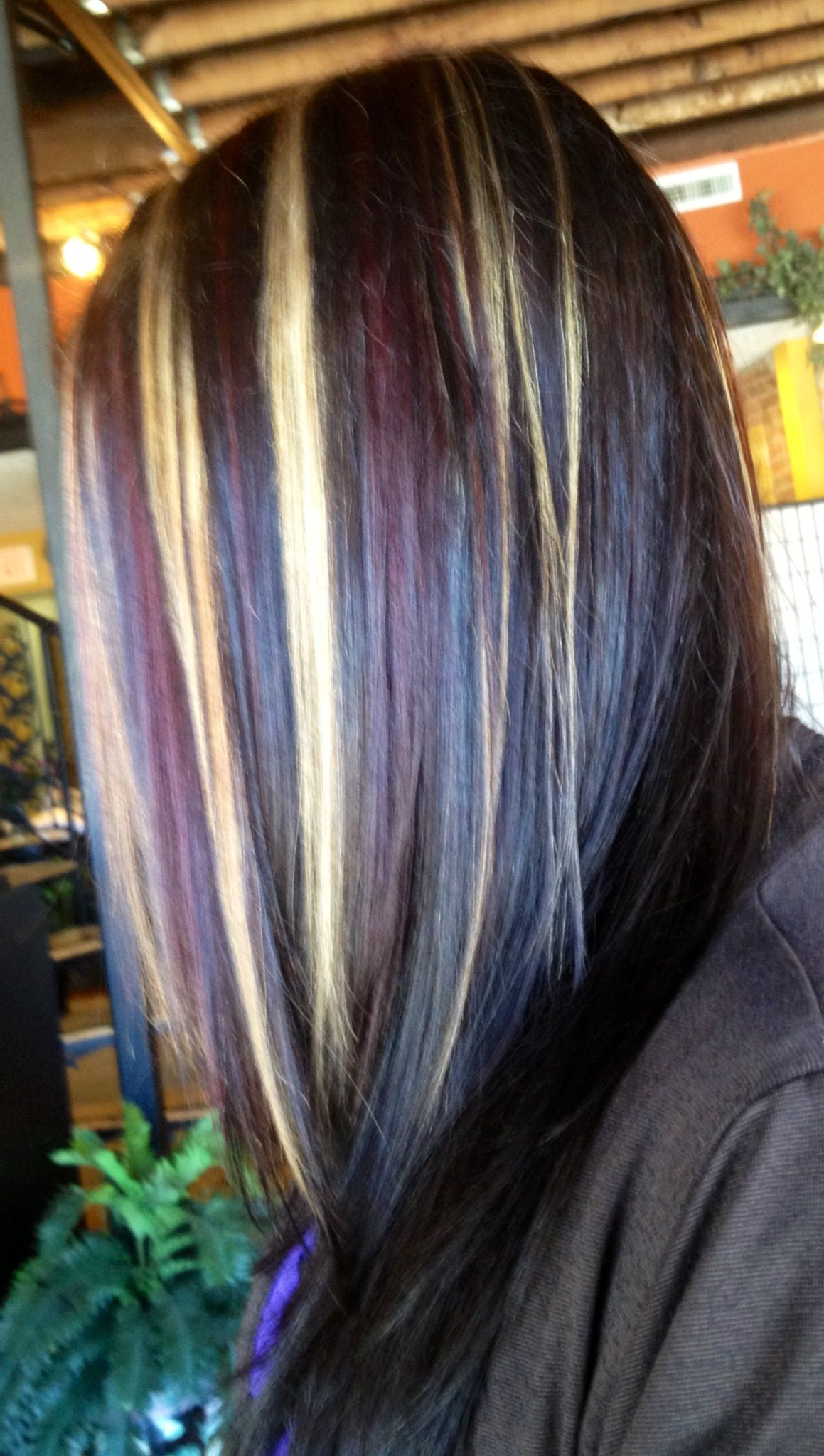 Dark Chocolate Brown With Cherrie And Golden Blonde Chunks