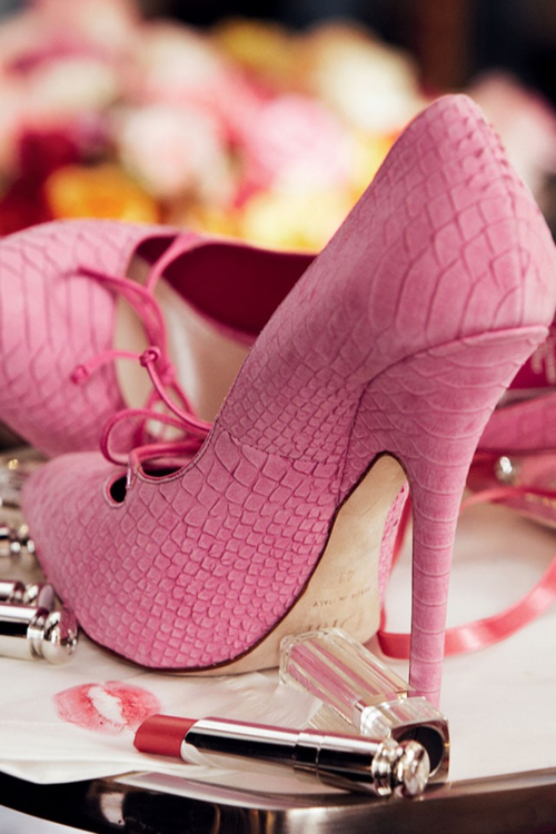 Pink shoes: must have