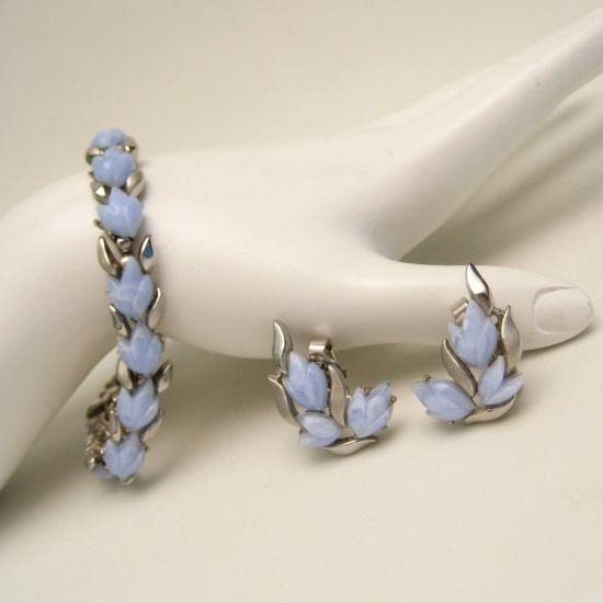 CROWN TRIFARI Vintage Bracelet Earrings Mid Century Pale Blue Acrylic Tulips Set from #MyClassicJewelry on Etsy: http://ift.tt/1hyCtgg