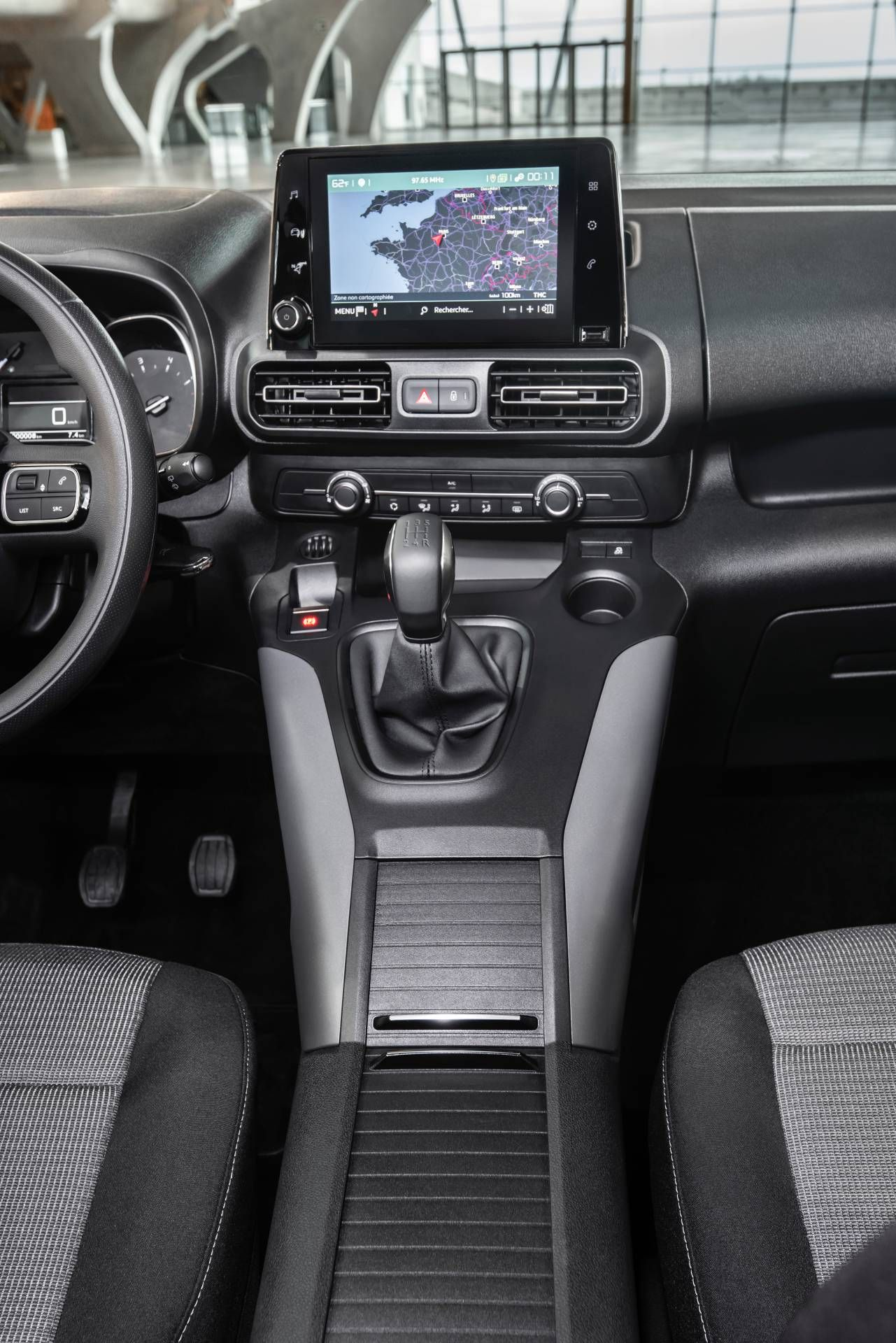 2020 Toyota Proace City Is A Rebadged Psa Built Compact Van Carscoops Toyota Commercial Vehicle Van
