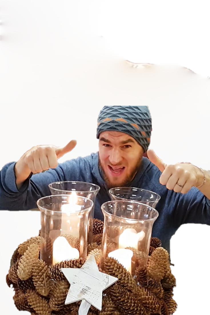 Adventskranz selber machen Adventskranz Idee mit 4 Kerzen im Glas. Naturdeko Idee im Kob. Zapfen Dekoration für den Winter. DIY Anleitung.