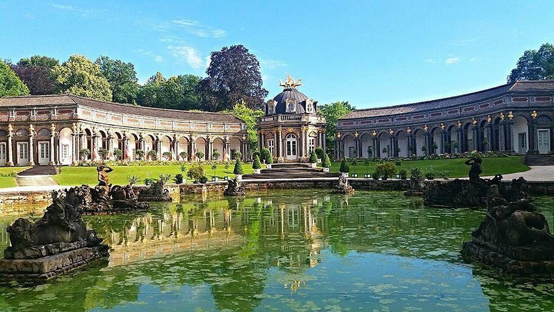 Die Orangerie Der Eremitage Halb In Der Sonne In Halb Im Schatten The Orangery Of Bayreuth S Hermitage Half In The Sun And Half In Bayreuth Orangery Hermitage
