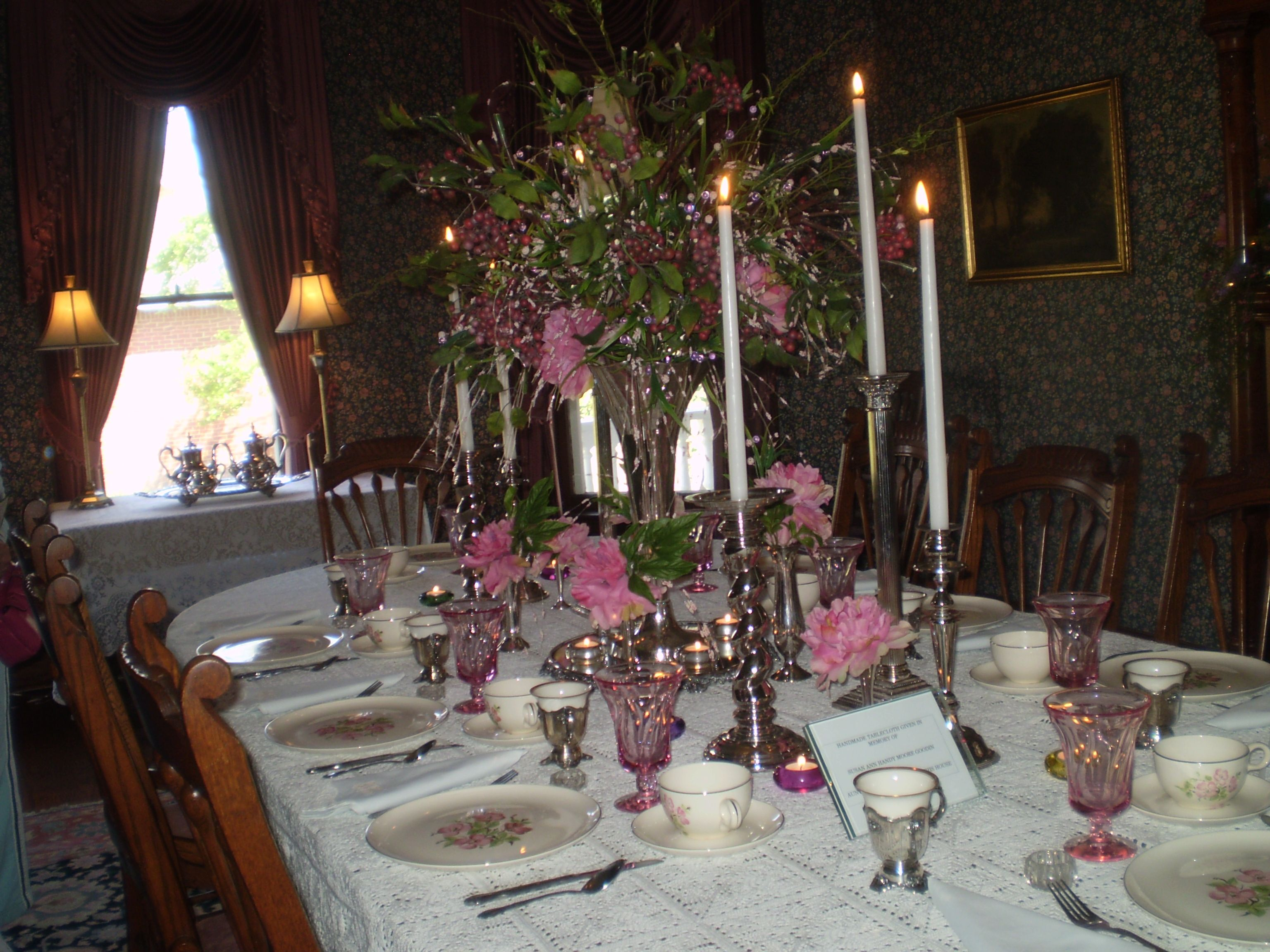 Victorian Table Setting At Moore Home In Charleston Mo
