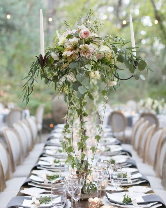 Chestnut and vine floral design adorned this wedding 39 s for Table and vine