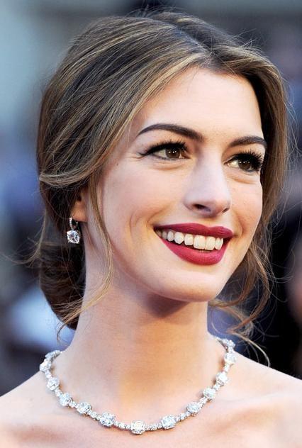 Down Bun Hairstyles Long Face Hairstyles Wedding Hair Inspiration Long Face Shapes