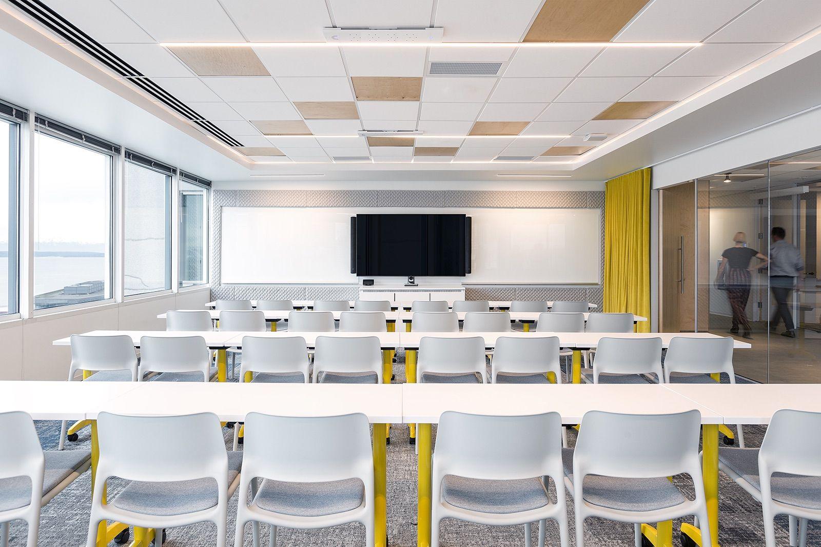 Inside Tech Media Company Offices In Seattle House Interior Office Interior Design Diy Interior Decor