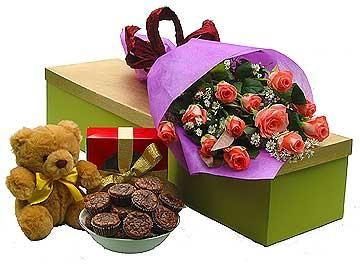 Send flowers, chocolate, cake, cookies, gift basket and more gifts ...