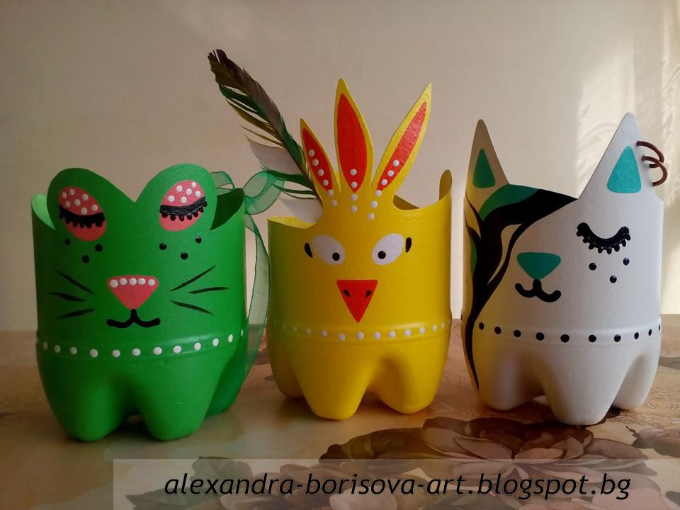 Diy colourful flower pots of recycled plastic bottles for Recycled flower pots