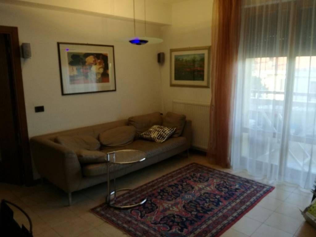 Vendita Appartamento Cesano Maderno. Quadrilocale in via