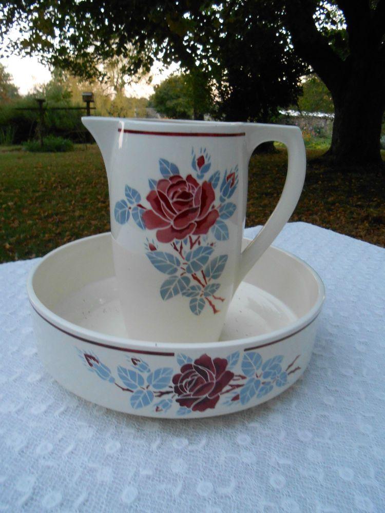 Service de toilette badonviller les roses vasque et for Vasque ancienne en porcelaine