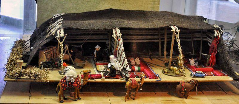 bedouin-tent-model_tel_halif_fj090111_0164t.jpg (800×349) & bedouin-tent-model_tel_halif_fj090111_0164t.jpg (800×349 ...