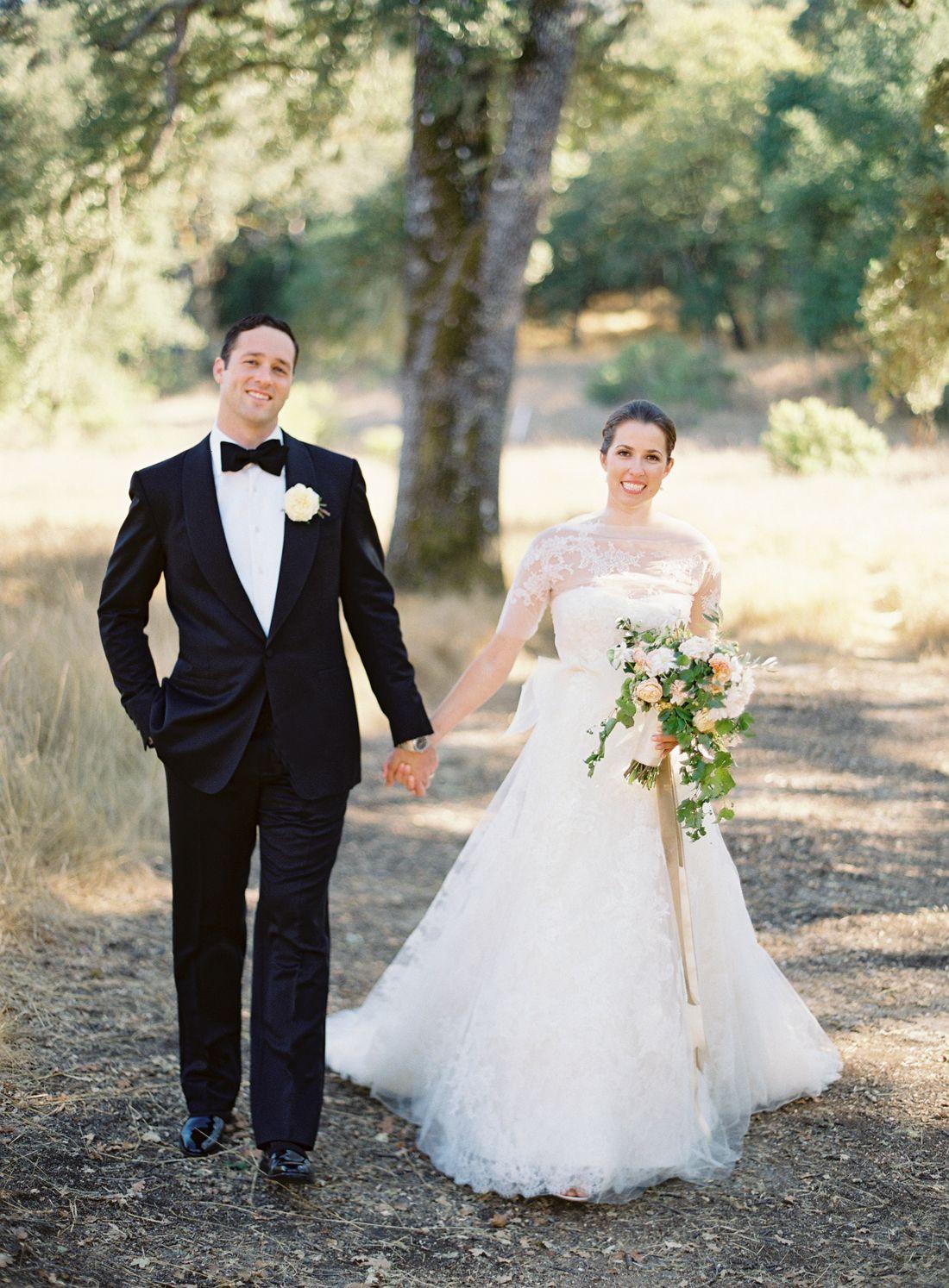 Scandinavian Wedding Inspiration by 2 Brides Photography