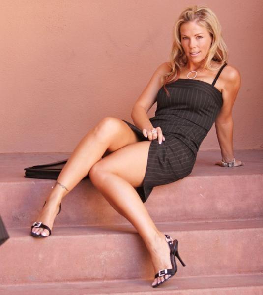 Rubio Secretaria Sexy Dresses Piernas Beautiful Pelirrojas Sabroso
