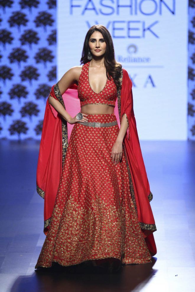 The Most Unique Lehenga Silhouettes We Spotted in Lakme Fashion Week 2017! 53d80cec186