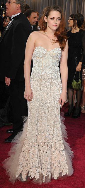 Kristen Stewart at the 85th Annual Academy Awards (Feb 2013)