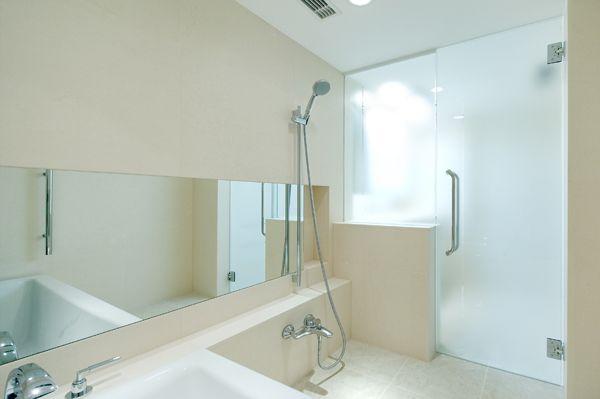 浴室のガラスドアが人気 q a市場開発研究所 ガラスドア 浴室