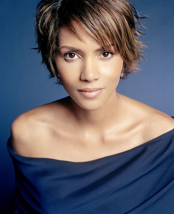 Pin By Tsr Services Trendy On Hairstyles To Try: Halle Berry Is Now Married For The Third Time With A Son