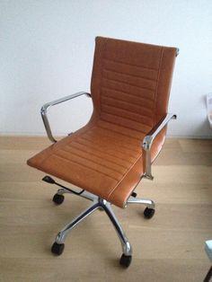Bureaustoel Bruin Leer.Een Mooie Comfortabele Leren Bureaustoel Van Rob Ruby Mag Niet