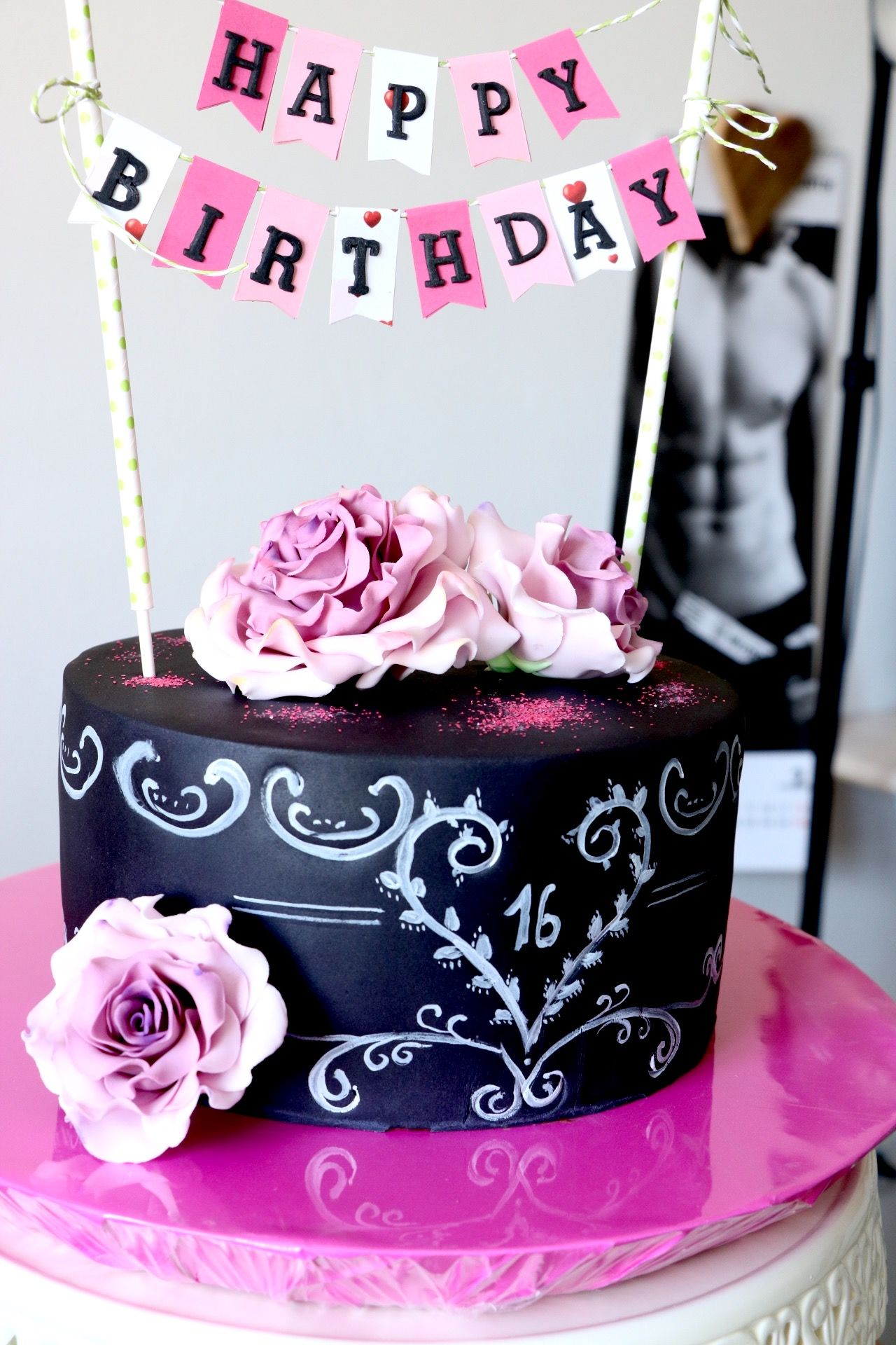 fondant torte zum 16ten chalkboard torte cake geburtstag. Black Bedroom Furniture Sets. Home Design Ideas