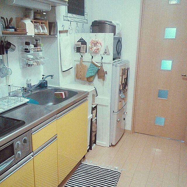 キッチン 一人暮らし 冷蔵庫 目隠し 板壁風 Salut のインテリア実例