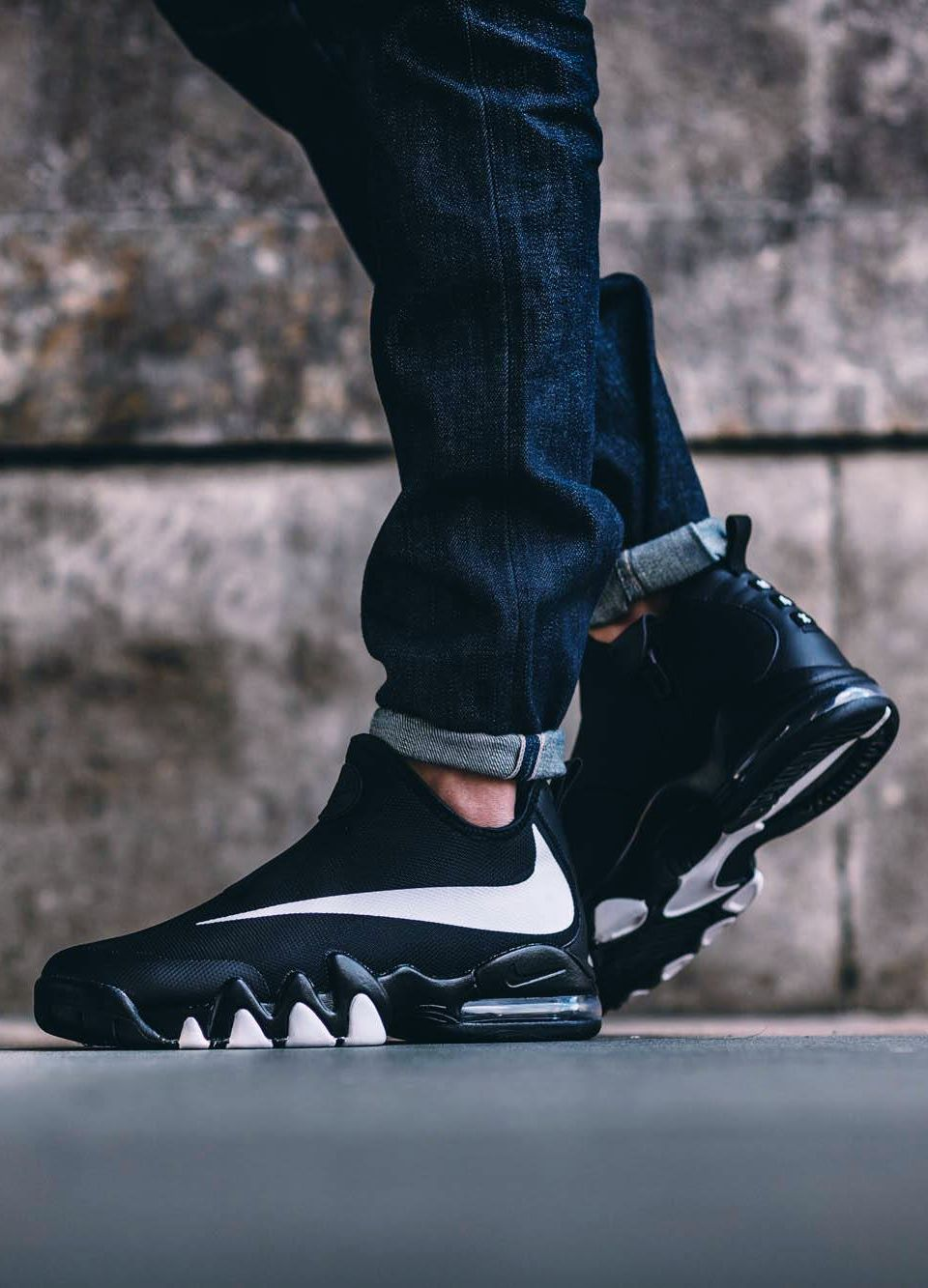 b078318785 Nike Big Swoosh (via Kicks-daily.com) | Shoe Envy | Sneakers, Nike ...