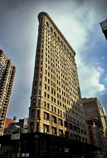 Famous Buildings Of The World Flatiron Building New York
