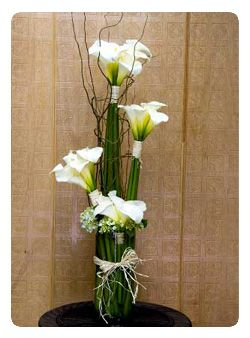 arreglos de flores artificiales en jarrones Buscar con Google