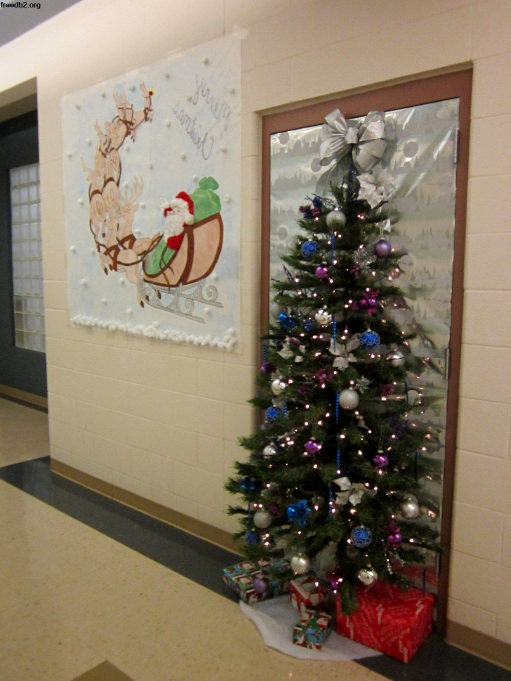 Decorating Office Doors For Christmas Hilarious 68 Best