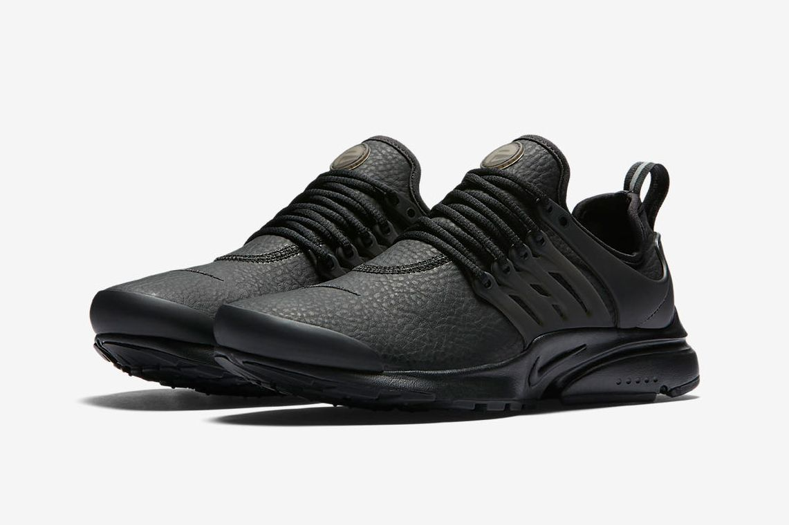 Nike S Air Presto Premium Drops In A Clean Black Out Colorway Highsnobiety Nike Lifestyle Shoes Nike Air Presto Shoes