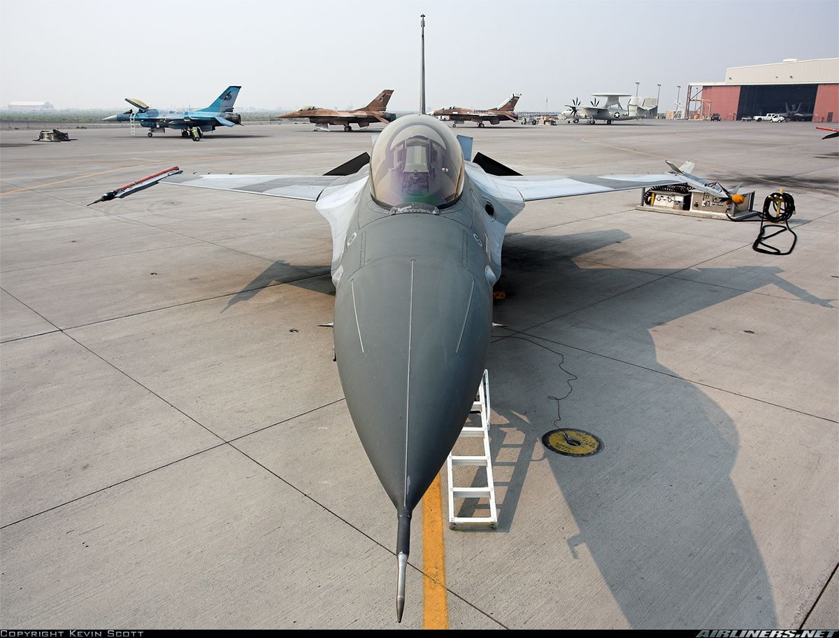Photos Lockheed F 16a Fighting Falcon Aircraft Pictures Lockheed Fighter Planes Aircraft