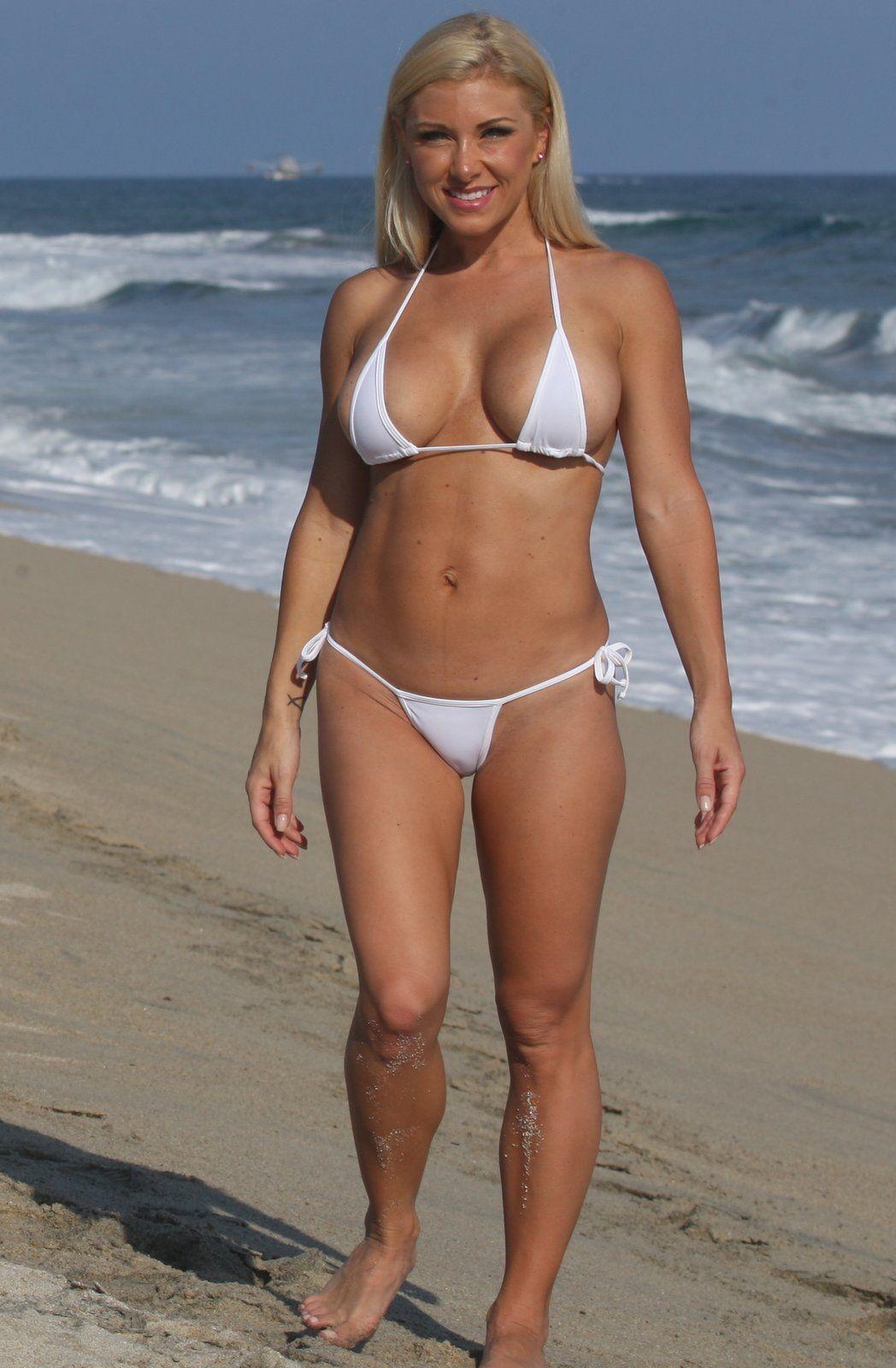 Женщина в возрасте пляж, порно наташа украина