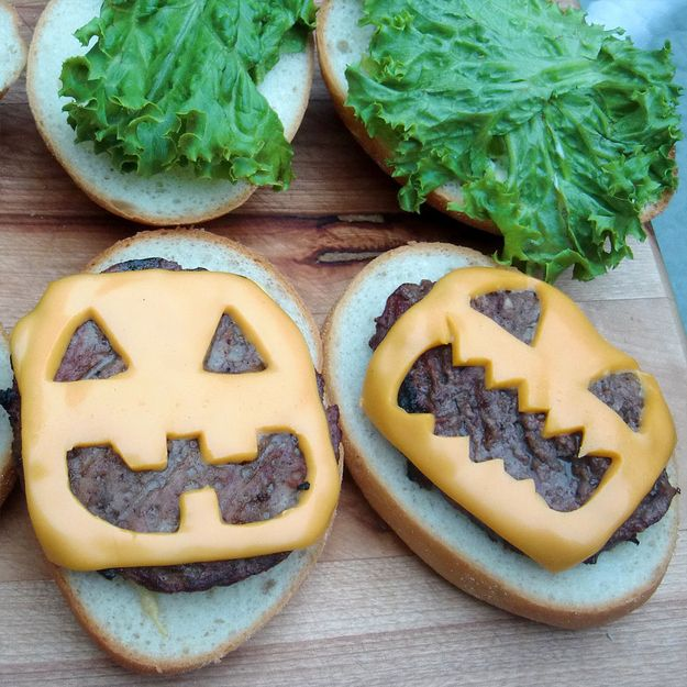 Add some jack-o\u0027-lantern pizzazz to a basic burger 27 Incredibly - halloween party treats ideas