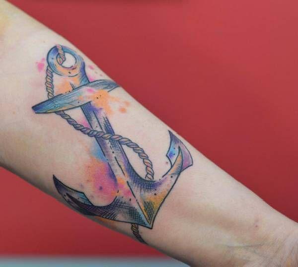 . Anker gehören zu den am häufigsten gewünschten Tattoomotiven weltweit Heute zählt man das Anker-Tattoo-Motiv, mit dem Oberbegriff Nautik, zu den Traditional-Tattoos . Ursprünglich kommt der Anker aus der Seefahrt und hat die Bedeutung: Der Träger der Anker Tätowierung hatte den Atlantischen…