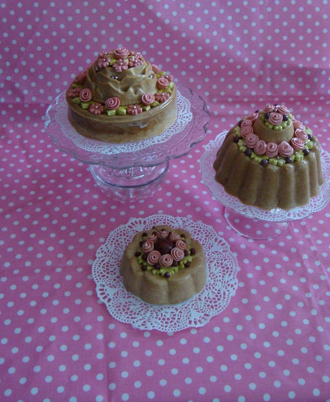 Kadootje zomerse brooddeeg taartjes van ada taartjes for Decoratie nep snoep