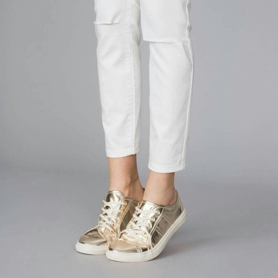 Me encantan totalmente enamorada de de de esas zapatillas doradas a1053a