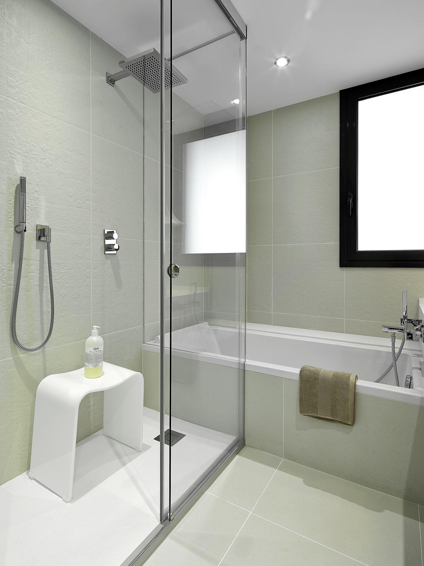 Molins interiors arquitectura interior interiorismo - Cuartos de bano elegantes ...