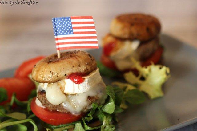 Burger in zwei Varianten (Low Carb)