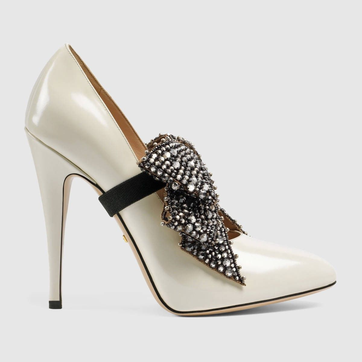 df7a4058492 GUCCI Leather Pump With Crystal Bow - White Magnolia Leather.  gucci  shoes   all