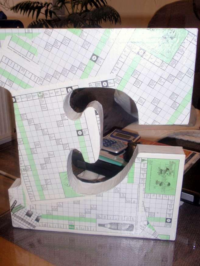 cardboard big letter E - made by me for my friend / mojimi rukami, kartónové písmeno E pre môjho kamaráta