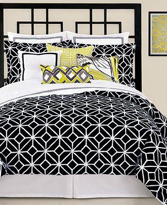 Pin By Felecia Hayes On Dream Bedroom Black Comforter Black Bedding Comforter Sets