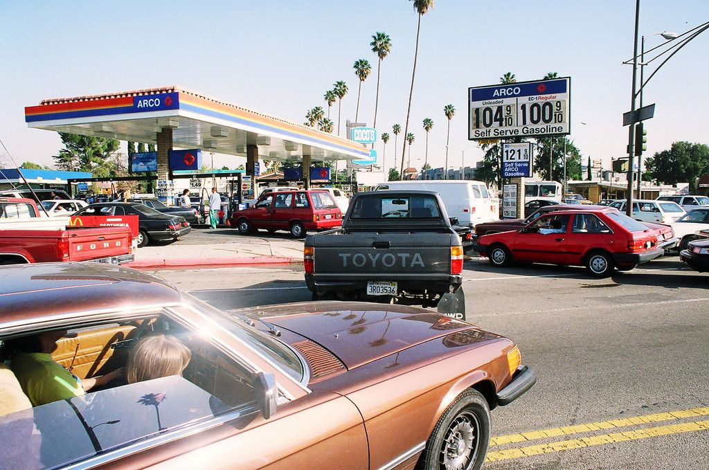 Motorists line up for gas at an Arco station at Sherman Way