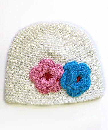 White Double-Flower Crochet Beanie Crochet inspiration
