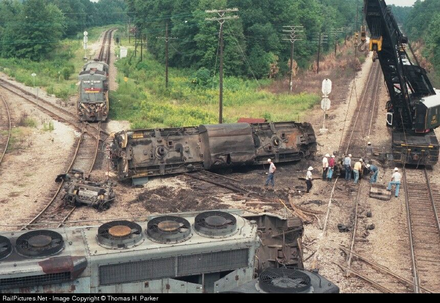 RailPictures.Net Photo: SBD 70?? Seaboard GE C30-7 at Garden City ...
