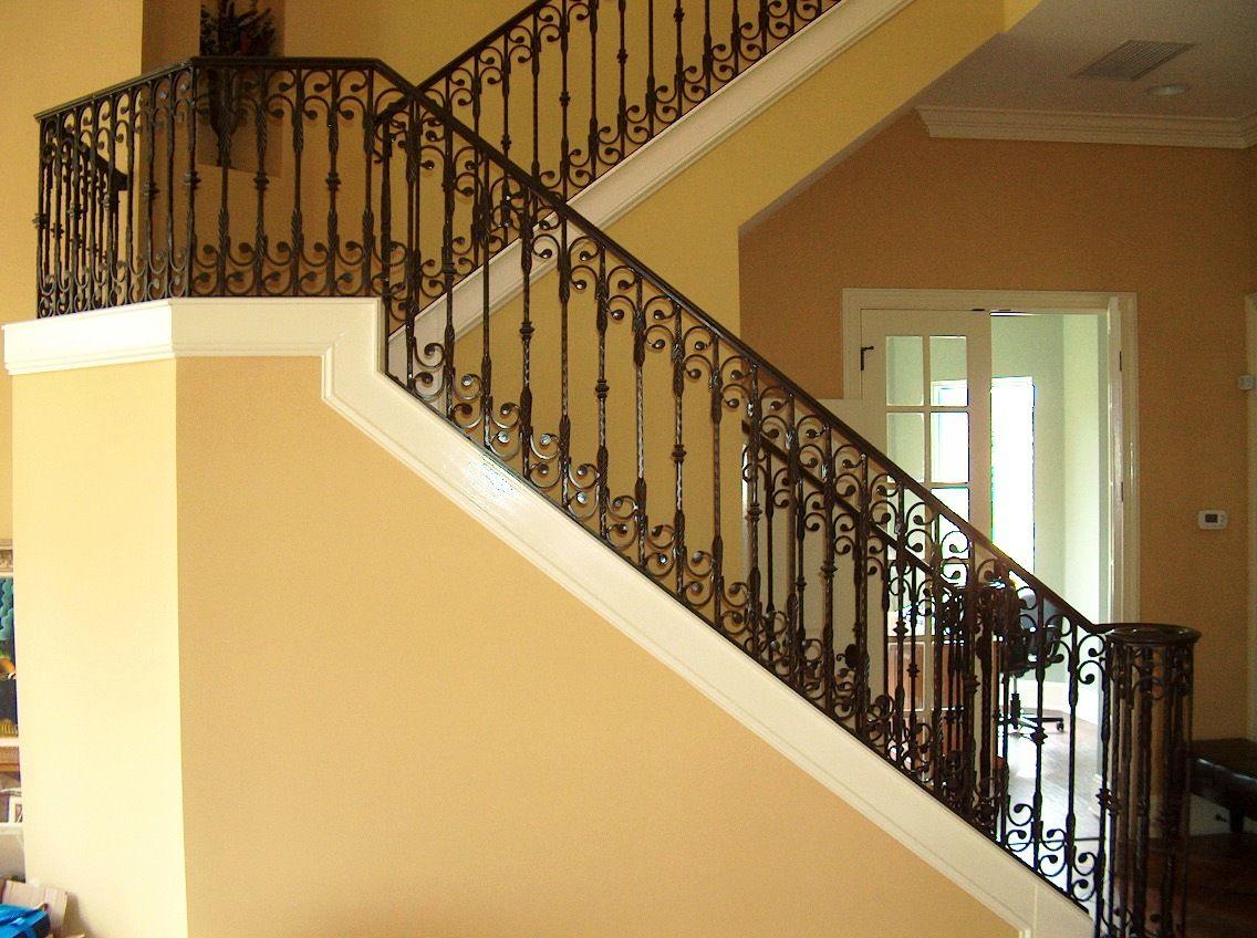 se07b.jpg (1136×848 beautiful railing with curves | Decorating ideas ...