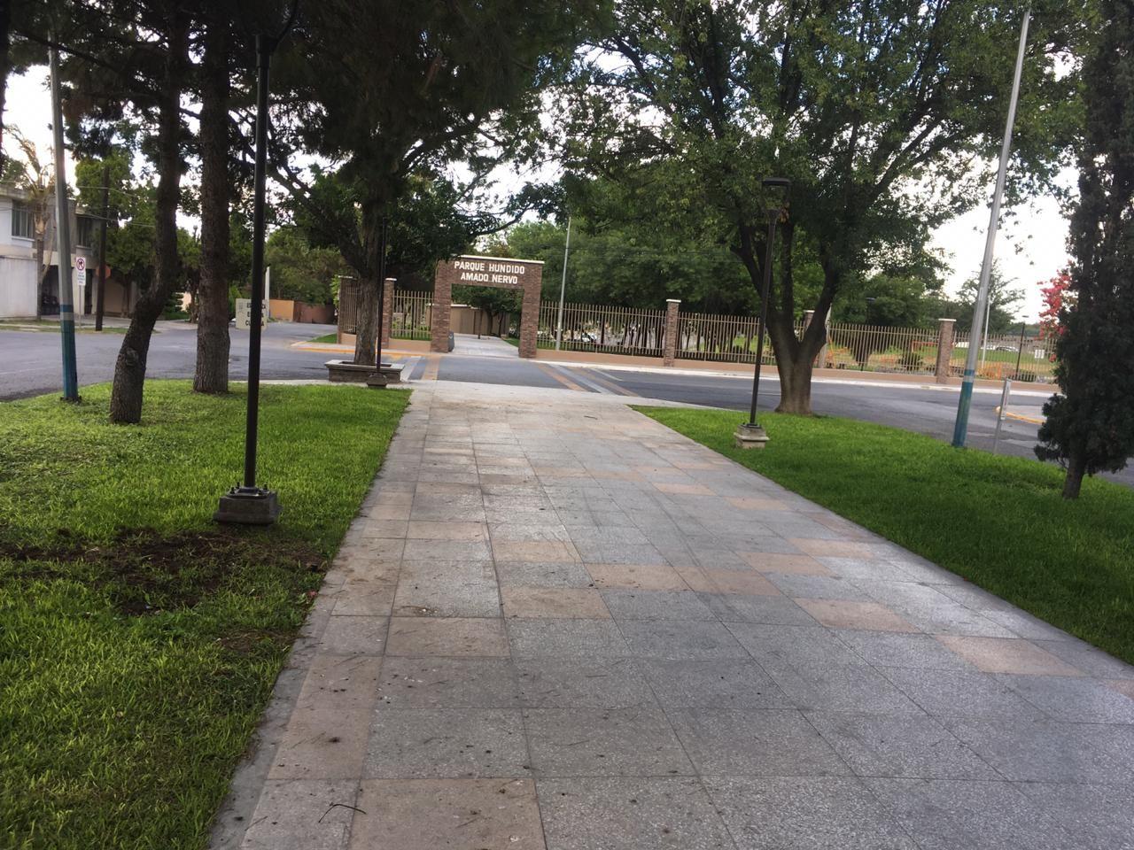 Ave Sor Juana Inés De La Cruz El Parque Lineal De La Ave Sor Juana Inés De La Cruz Al Oriente De La Torre Termina En Parques Lineales Parques Tanque De